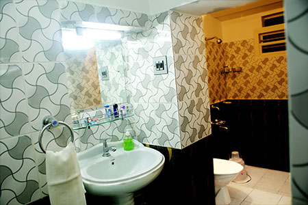 Image of view three of the wash room